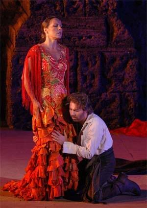 Savary sous le charme de Carmen