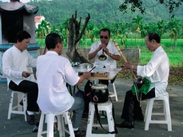 Hakka Bayin, musique des rites traditionnels