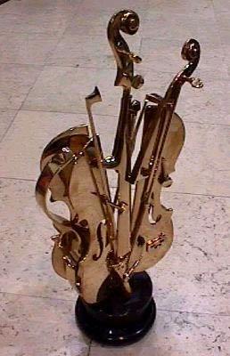 VI. Le cri des violons aphones