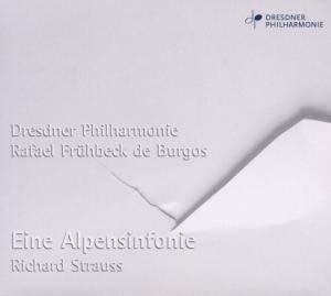 Strauss bien propre sur lui