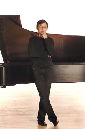 Alexander Kobrin, Cédric Tiberghien