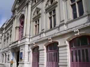 II. Place des opéras de province dans le paysage culturel