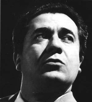 Giuseppe di Stefano, ténor (Catane (Sicile), 25 juillet 1921- Santa Maria Hoe (Lecco), 3 mars 2008)