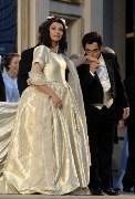 Deux sopranos pour une Traviata.