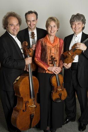 Deux quatuors à cordes d'un seul trait