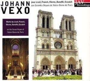 L'organiste de chœur de Notre-Dame aux commandes du grand orgue