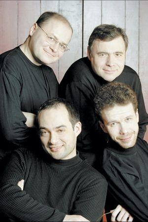 Un quatuor en cache un autre
