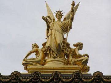 Charles Gumery, La Poésie, couronnement gauche du Palais Garnier © Jastrow