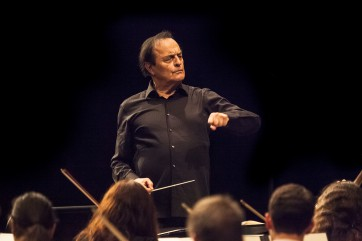 Charles Dutoit directing the Verbier Festival Orchestra