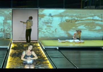 Premier plan : Nadja Michael (Médée) ; second plan : Vincent Le Texier (Créon), John Tessier (Jason), Elodie Kimmel (Dircé) © Vincent Pontet-WikiSpectacle