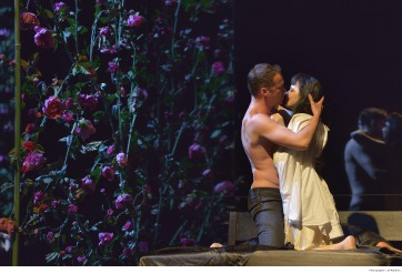 traviata (c) Jef Rabillon pour Angers Nantes Opéra