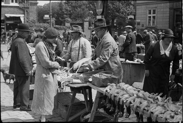 Scène de marché à Odense, Danemark (Photo Bibliothèque Royale du Danemark)