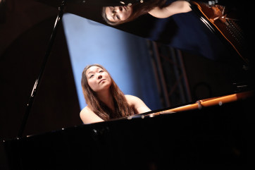 Kana Okada 2 -® Yannick Perrin