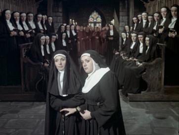 Die Teufels von Loudun, image extraite du film fait après la création à Hambourg (au centre : Tatiana Troyanos) © Arthaus Musik