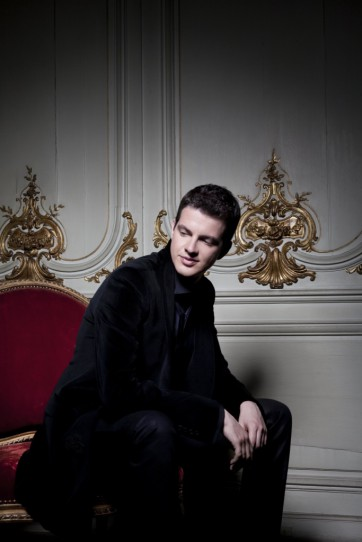 Philippe Jaroussky 2_cop_ Simon Fowler licensed to Virgin Classics