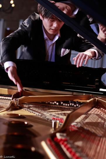 Kotaro Fukuma dans piano©Céline Lamodi