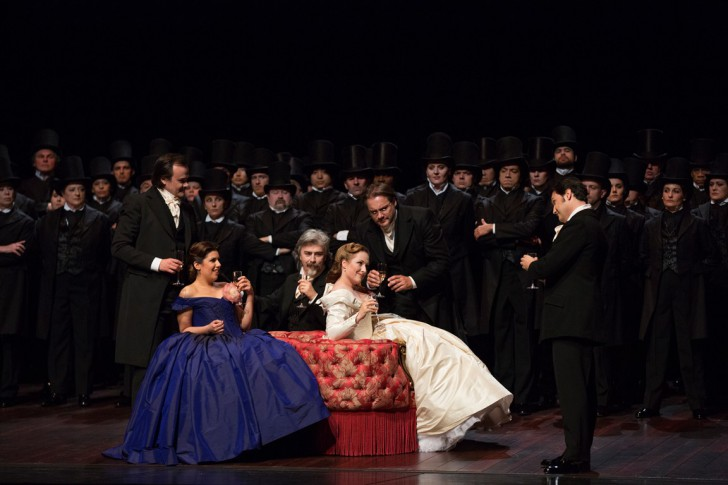 LA TRAVIATA. Opera National de Paris