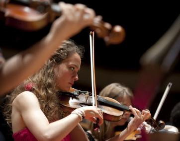 YEC_Frankreich_Violinistin