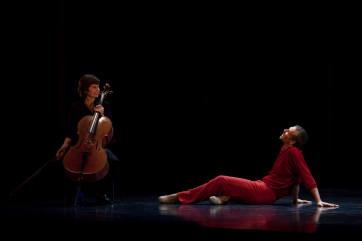 NICOLAS LE RICHE dans a suite of Dances photo Emmanuel Donny