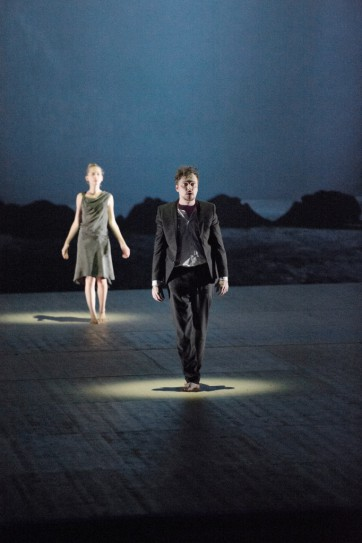 1_Orfeo_Anna Lucia Richter (Eurydike), Georg Nigl (Orfeo) © Monika Rittershaus