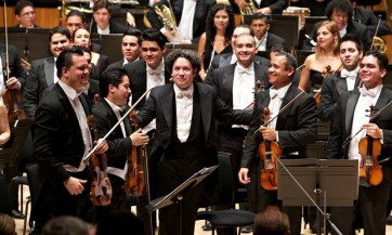Gustavo-Dudamel-012