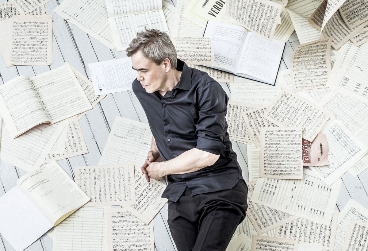 Original Sibelius and an Aho premiere: Hannu Lintu and the