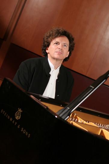 Rudy Piano Face 2005 Marthe