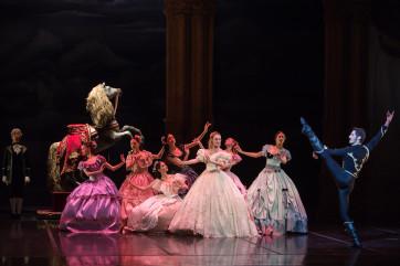A Lausanne, Maurice Béjart, tu danses encore !