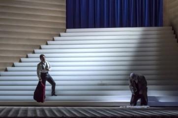 Un grand Rigoletto dans une petite boite