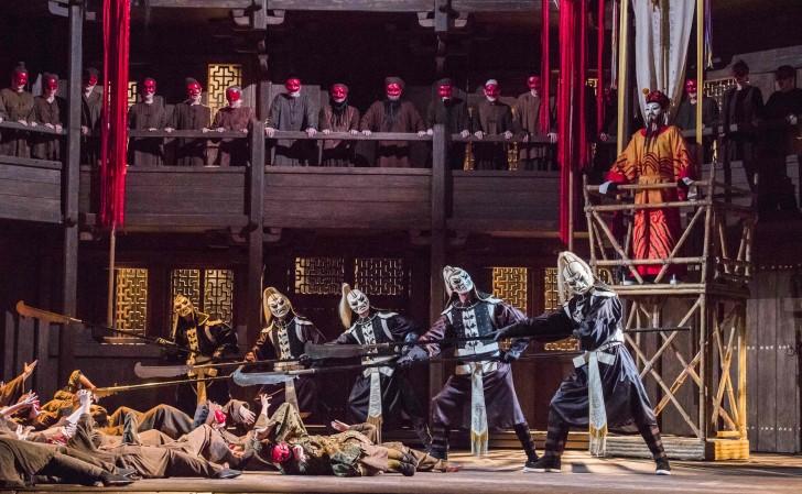 Turandot-ROH-137 YURIY YURCHUK AS MANDARIN (C) ROH. PHOTO BY TRISTRAM KENTON