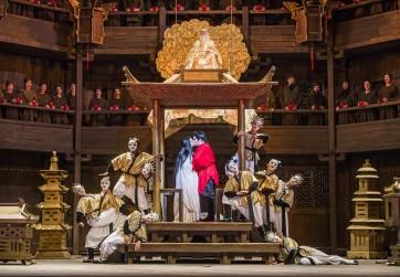 A scene from Turandot by Puccini @ Royal Opera House. Conductor, Dan Ettinger. Directed by Andrei Serban (Opening 05-07-17) ©Tristram Kenton 07-17 (3 Raveley Street, LONDON NW5 2HX TEL 0207 267 5550  Mob 07973 617 355)email: tristram@tristramkenton.com