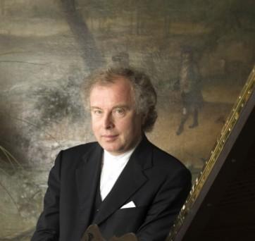 András Schiff à la Philharmonie de Paris : entre ciel et Terre