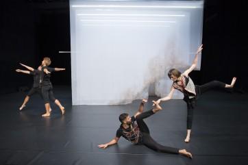 Daniel Linehan joue Flood au Centre Pompidou