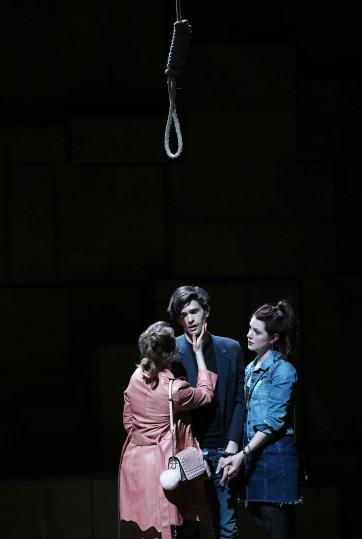 Beggars opera_Patrick Berger