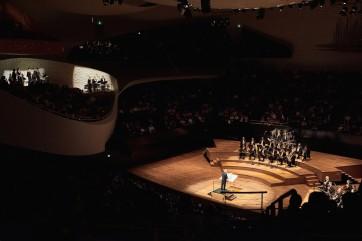 """Concert à la Philharmonie de Paris le 06/09/2018 dans la grande salle Pierre Boulez. Biennale Pierre Boulez. Concert de Daniel Barenboim - Staatskapelle Berlin, première partie : Pierre Boulez """"Rituel in memoriam Bruno Maderna """""""