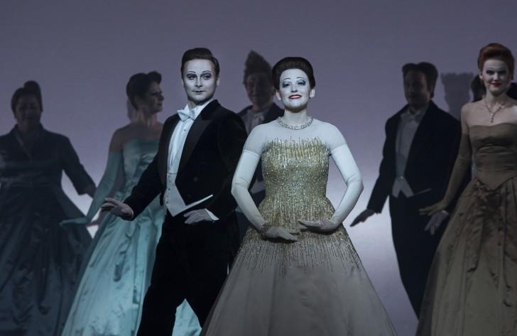 LA Traviata Perm Opera credit Lucie Jansch (5)