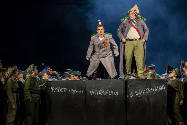 StaatstheaterNürnberg_2018-2019_Oper_KriegUndFrieden_LudwigOlah_1004