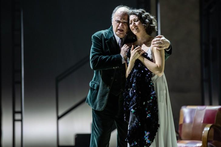Rigoletto_Lisette Oropesa (Gilda), Roberto Frontali (Rigoletto)_ph Yasuk...
