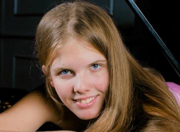 La pianiste Eva Gevorgyan, prix découverte des ICMA