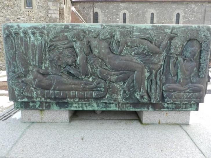 tombeau roussel 2