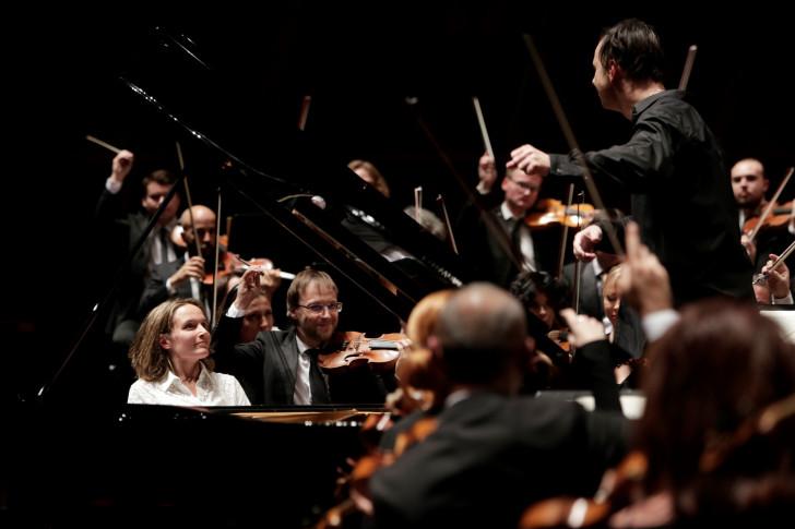 191002_Teodor_Currentzis_Helene_Grimaud_MusicAeterna_c_Sébastien_Grébille (6) réduit
