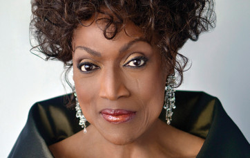 Invaluable_Jessye_Norman_Collection-1490192666490