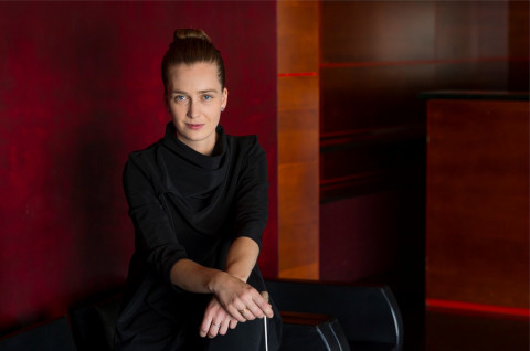 Elena-Schwarz-by-Priska-Petterer