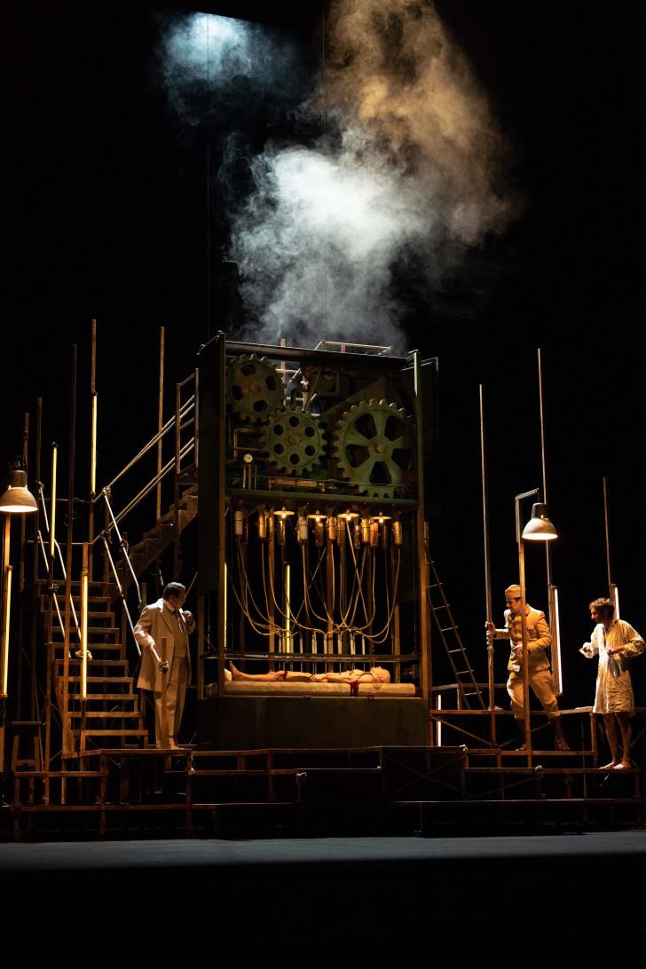 Les-Châtiments©Gilles Abegg-Opera de Dijon_IMG-1200790 copie