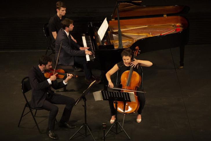Trio Metral.Y.Petit_18