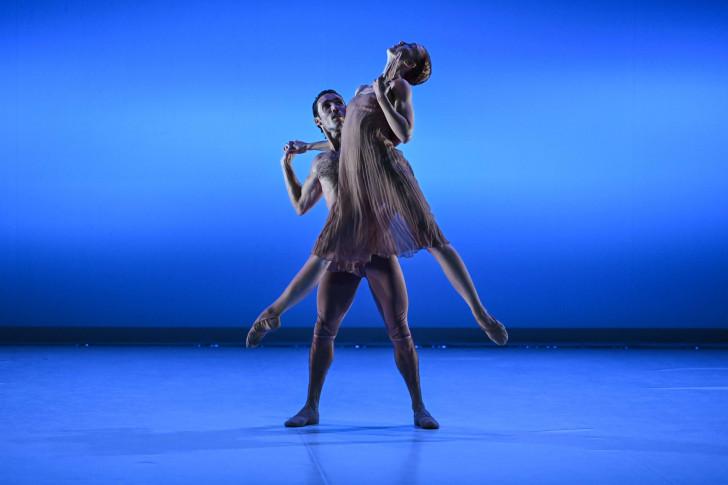 Mozart à 2 Irma Hoffren, Mickaël Conte © Olivier Houeix Malandain Ballet Biarritz